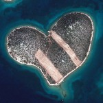 Breathtaking Photographs of Islands Taken from Space